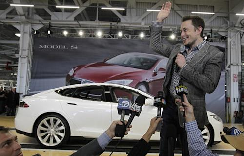 Tesla rebuts Times story with secret data trail from test drive