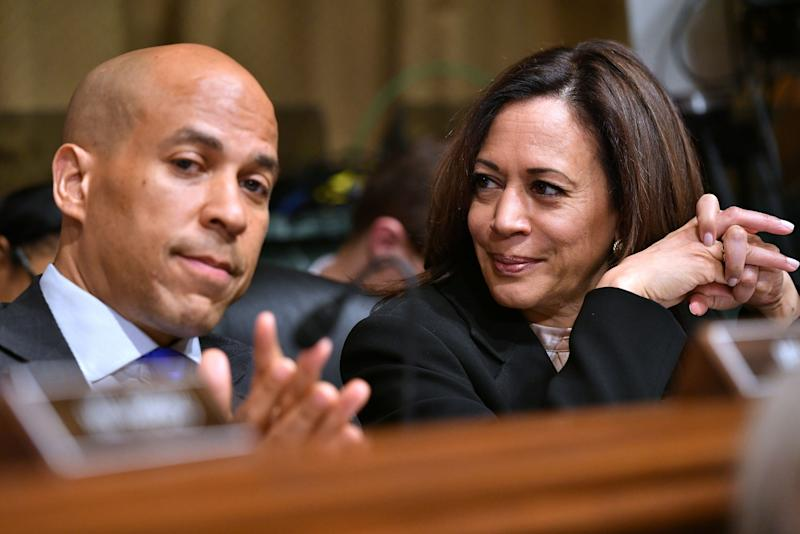 Sen. Cory Booker and Sen. Kamala Harris. (Photo: Mandel Ngan/AFP)