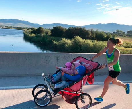 Mum of three Cynthia Arnold smashed a world record with her three kids in tow. Photo: Instagram/cynthialarnold