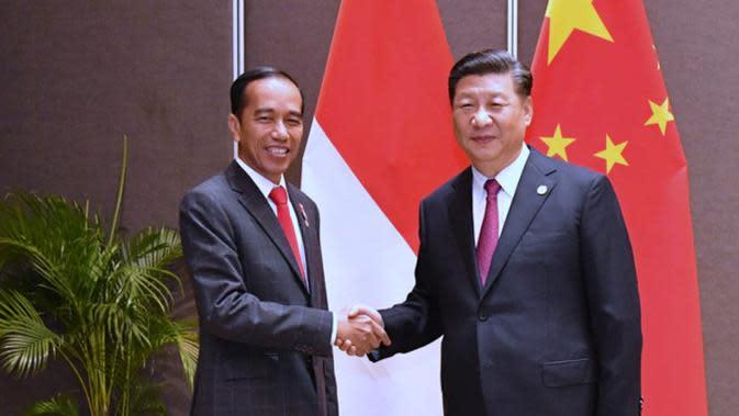 Presiden Jokowi dan Presiden RRT Xi Jinping menggelar pertemuan untuk membahas sektor perdagangan, investasi, ekonomi digital dan pariwisata Indonesia.