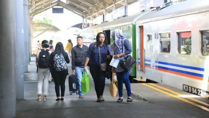 PT KAI Daop 8 Surabaya (Foto: Liputan6.com/Dian Kurniawan)