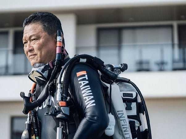 【潛進夢想1】3星潛水教頭 領身障入海圓夢