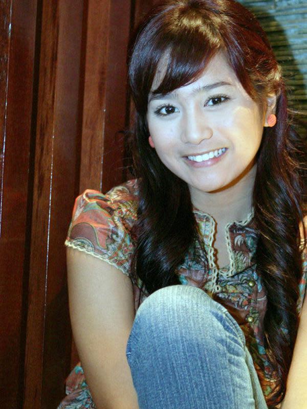 Bunga Zainal (Sumber: Kapanlagi.com)