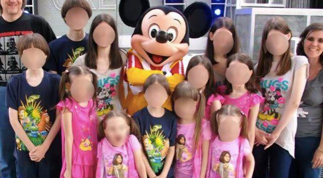 The children with their parents at Disneyland. Source: Facebook/DavidLouise Turpin