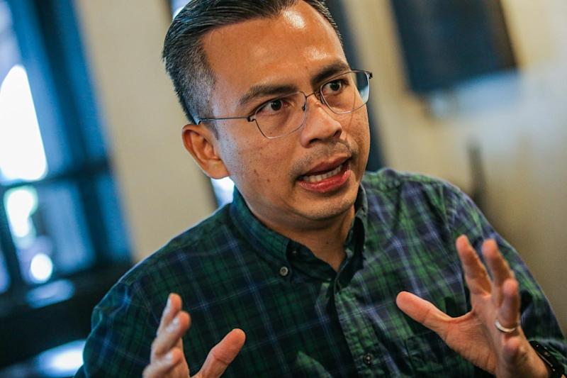 Lembah Pantai MP Fahmi Fadzil says political parties need to find new ways to address current issues. — Picture by Hari Anggara