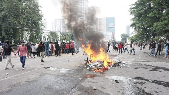 Unjuk rasa told UU Cipta Kerja (Omnibus Law) di Kota Medan, Sumatera Utara (Sumut).
