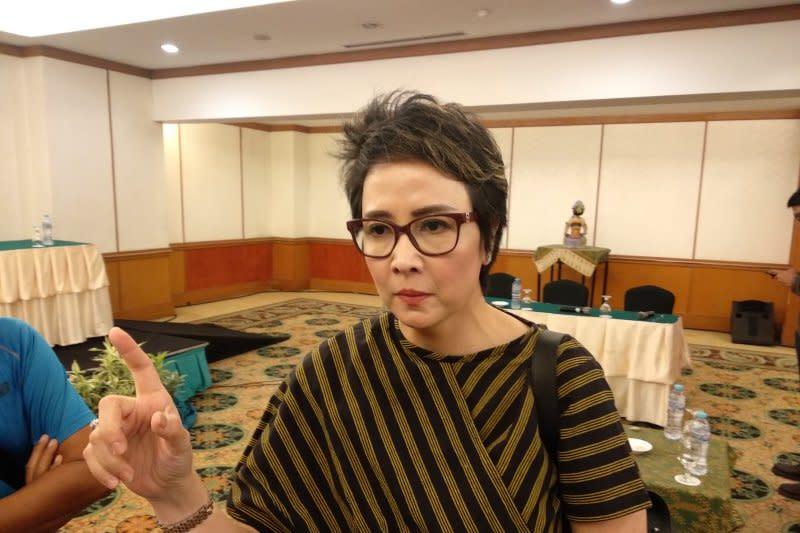 Yuni Kartika khawatir regenerasi terhambat