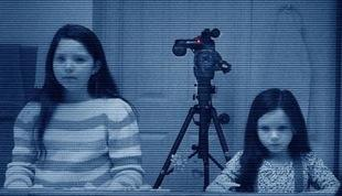 Five Scenes From the 'Paranormal Activity 3′ Trailers That Weren't in the Movie