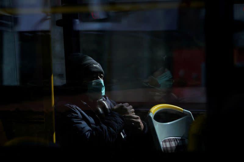 Kematian virus corona melonjak di Provinsi Hubei, pimpinan partai dipecat