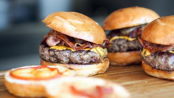 Ilustrasi burger (dok. Pixabay.com/Putu Elmira)