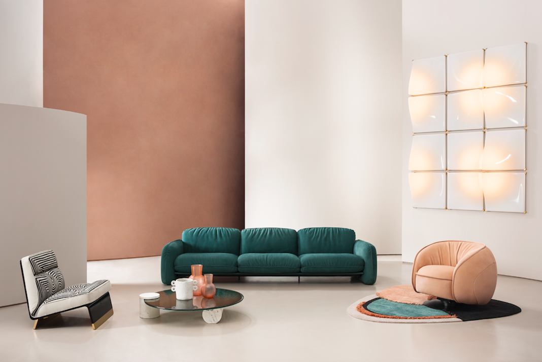 "<p>Brigitte sofa by Draga&Aurel, Leon armchair by Draga&Aurel, Googie lamp by Draga&Aurel, Greta Special Edition Printed armchair by Draga&Aurel, Verre Particulier small table by Studiopepe, Himani C Limited Edition rug by Baxter P.</p><p><a href=""https://www.baxter.it/en/worldwide"" target=""_blank"">Discover Milano Worldwide 2020</a></p>"