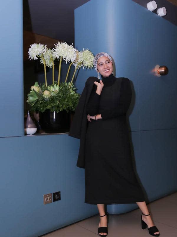 Penampilan Lisda Oktaviani kini mantap berhijab. (Sumber: Instagram/@lisdaoxalis)