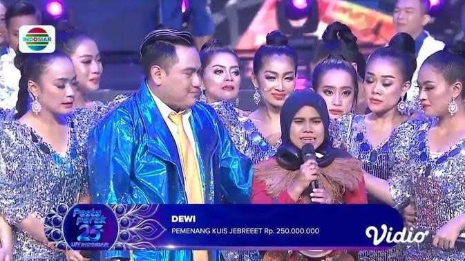 Momen Emosional Dewi, Pemenang Kuis Jebreeet Rp 250 Juta di Pesta Perak Luv Indosiar 25