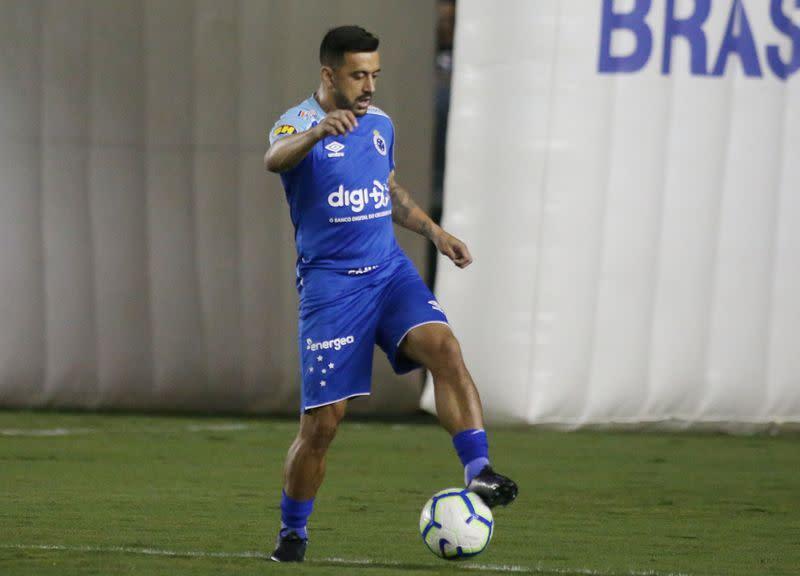 Robinho leaves Santos as controversy grows over rape verdict