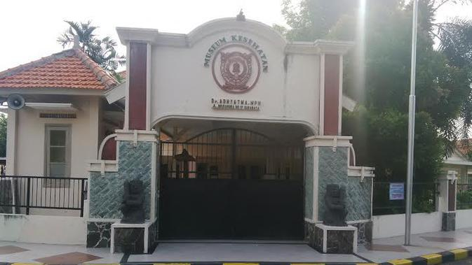 Museum kesehatan di Surabaya juga menyimpan barang-barang beraroma mistik (Liputan6.com / Dhimas Prasaja)
