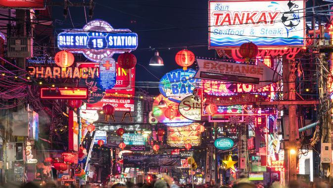 Ilustrasi kehidupan malam di Thailand (iStockphoto)
