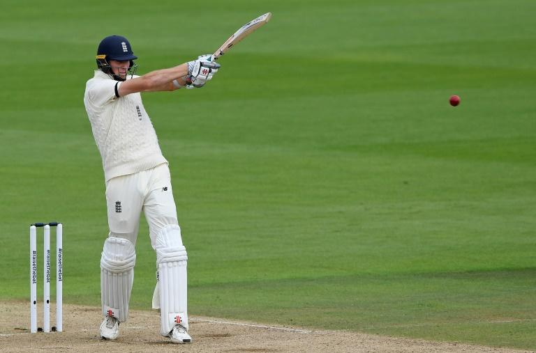 Crawley's career 'flashed before his eyes' during Pakistan century