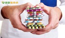 愛滋患者需注意藥物副作用 體重增加、食慾大增應主動與醫師討論
