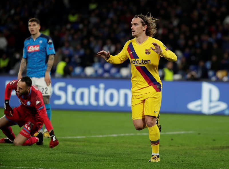 Atletico fined for offensive chants against Barca's Griezmann