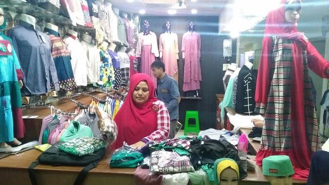 Pedagang terancam konflik Pasar Turi (Liputan6.com / Dian Kurniawan)