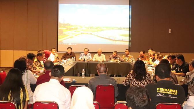 Kunjungan Spesifik (kunspik) Komisi IX DPR dan Kemnaker dengan Manajemen Meikarta di kawasan Meikarta, Cikarang, Kabupaten Bekasi, Jawa Barat, Rabu (26/2/2020).