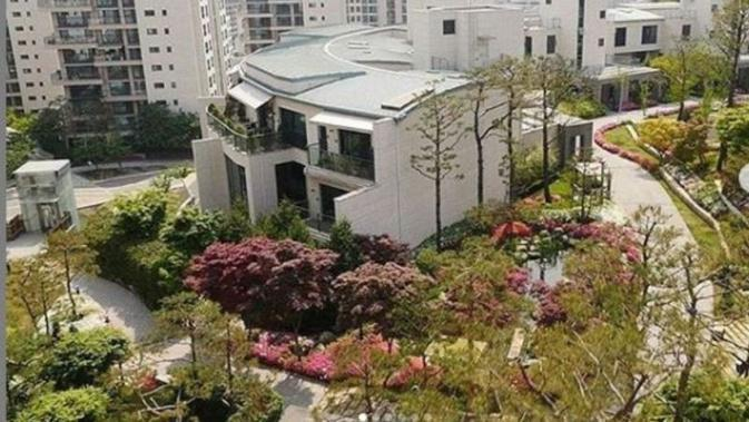 Jin BTS Beli Apartemen di Hannam The Hill. (dok.Instagram @itbangtanstans/https://www.instagram.com/p/BkcWAh6HrJo/Henry)