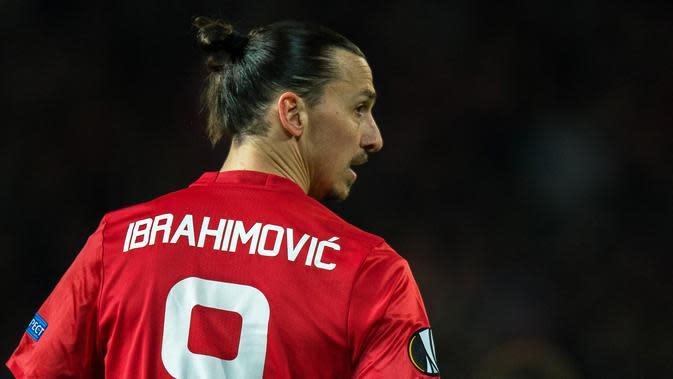7. Zlatan Ibrahimovic - Striker Swedia ini menjadi andalan Mourinho saat menukangi Manchester United pada 2016-2017. Ibrahimovic mencetak 28 gol dan meraih Tiga trofi, Community Shield, Piala Liga Inggris dan Liga Eropa. (EPA/Peter Powell)