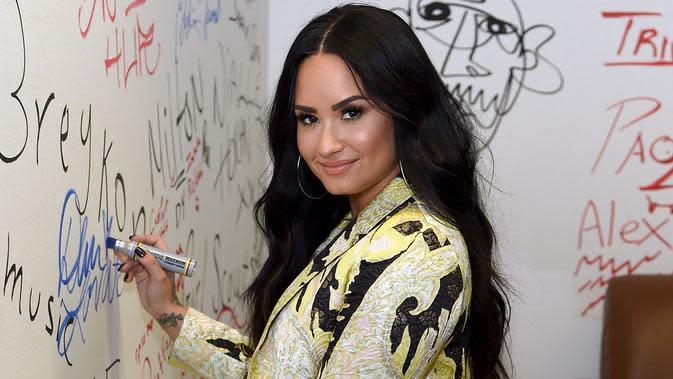 Lirik Lagu Heart Attack - Demi Lovato