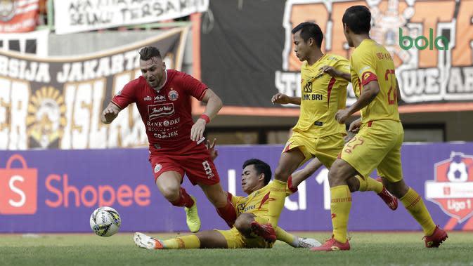 Persija Jakarta bermain imbang 2-2 versus Bhayangkara FC di Stadion Patriot Candrabhaga, Bekasi, Sabtu (10/8/2019). (Bola.com/Yoppy Renato)