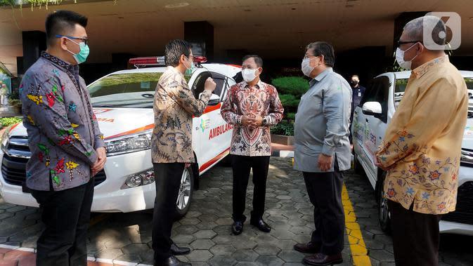 FOTO: Kemenkes Terima Bantuan APD dan Mobil untuk ...