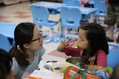 別讓孩子的晚餐成為一種孤單