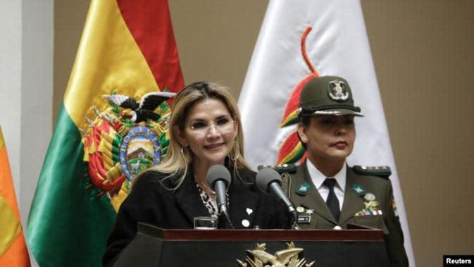Jeanine Anez Bolivia. (AP/Oliver de Ros)