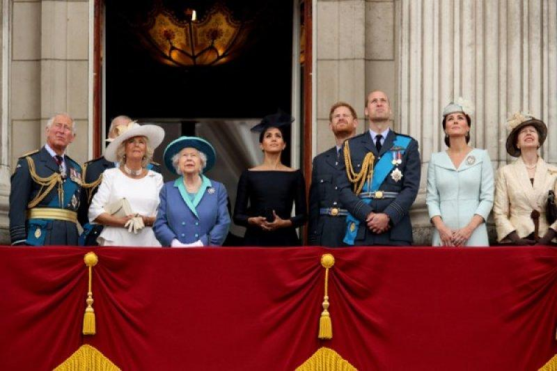 "Pangeran Charles kena COVID-19, Pangeran Harry ingin ""cepat kembali"""
