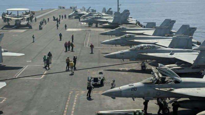 VIVA Militer: Armada tempur Amerika Serikat (AS) di Laut China Selatan