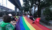 泰國反政府示威吸引上千人 (圖)