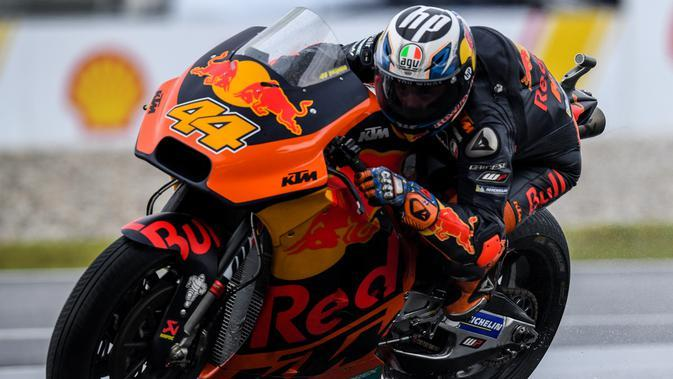 Pembalap KTM, Pol Espargaro. (MOHD RASFAN / AFP)