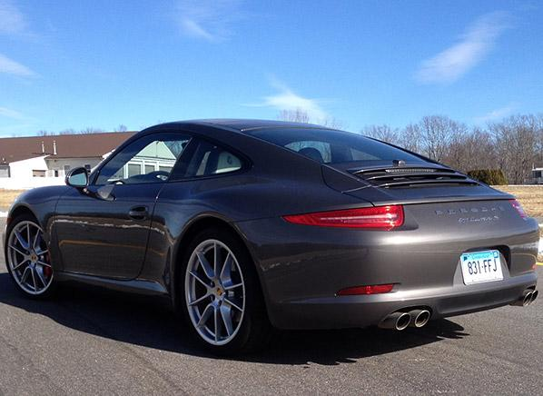 2014 Porsche 911 builds on the sports car's laudable heritage