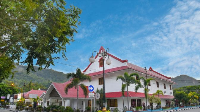 Hotel Indonesia Group Resmi Buka Inna Ombilin Heritage Hotel