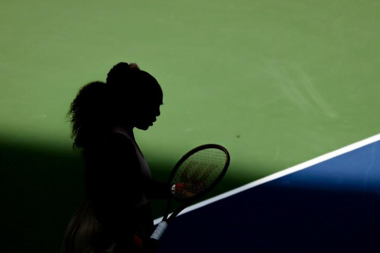 Serena battles into US Open quarters as Thiem, Medvedev march on