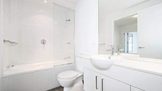 Ilustrasi toilet dan kamar mandi (Photo: Steven Ungermann/ Unsplash).
