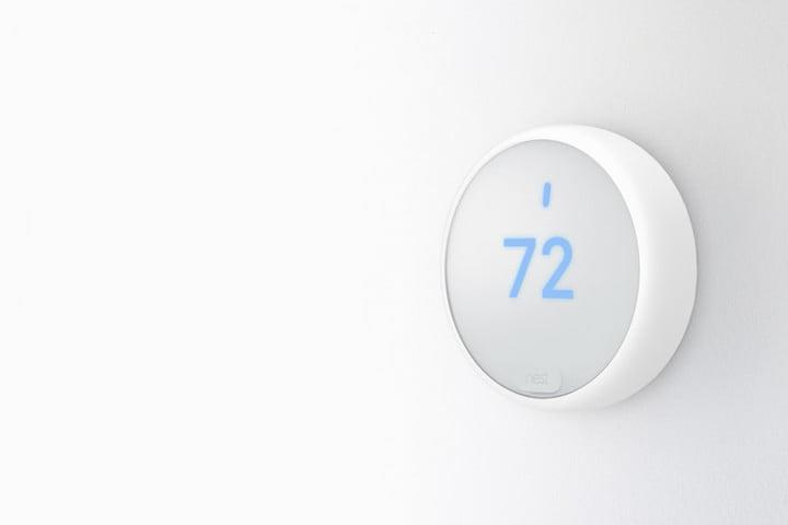 Nest Thermostat E white wall LED
