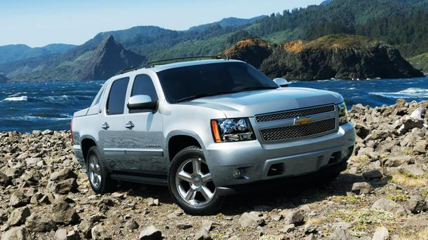 Chevrolet Avalanche tumbles out of production: The Motoramic Dash