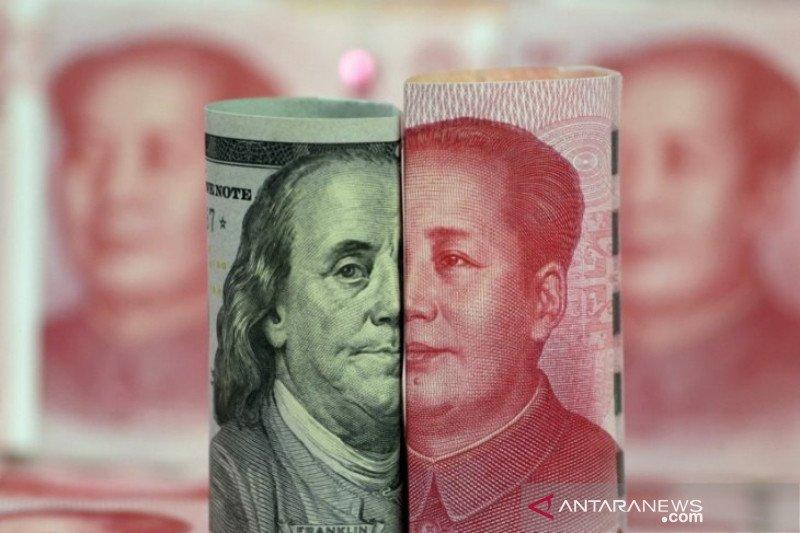 Yuan terus merosot, jatuh 131 basis poin jadi 6,8252 terhadap dolar AS