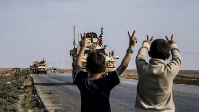 Pasukan AS bergerak mengamankan ladang minyak Suriah atas perintah Presiden Donald Trump (Bederkhan Ahmad / AP PHOTO)