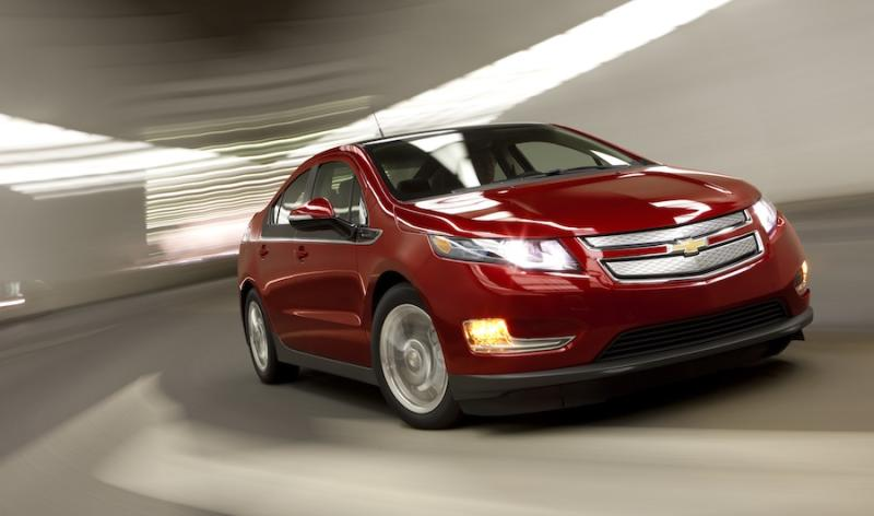 Feds probe electric vehicles after fire in crashed Chevy Volt