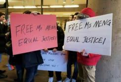 Aktor dibayar untuk memprotes membebaskan eksekutif Huawei: media