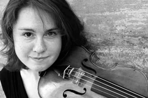 "This undated photo provided by the Pulitzer Prize Board shows violinist Caroline Shaw, who was awarded the 2013 Pulitzer Prize for Music for her work ""Partita for 8 Voices"", on Monday, April 15, 2013. (AP Photo/Pulitzer Prize Board) **NO SALES**"