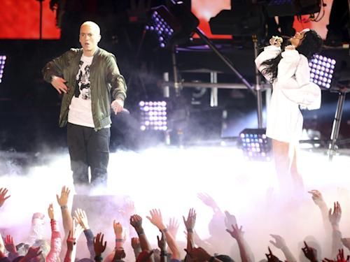 Eminem and Rihanna Debut 'The Monster' at MTV Movie Awards