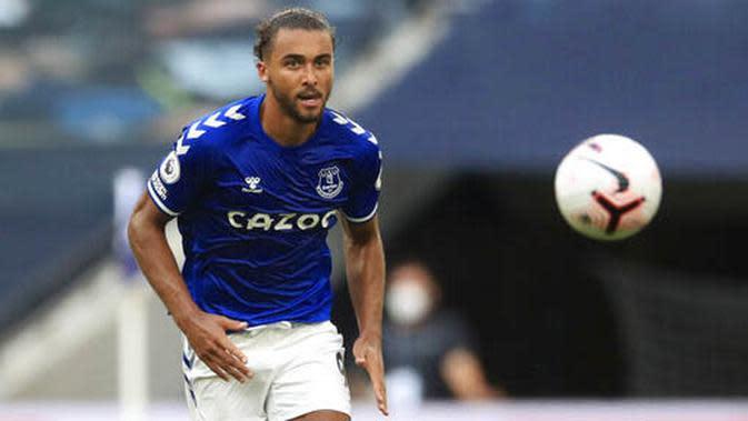 2. Dominic Calvert-Lewin (Everton) - Penyerang bernomor punggung sembilan itu sudah mengoleksi lima gol musim ini. Ia bersaing ketat dengan peraih gelar top skor musim lalu, Jamie Vardy. (Adam Davy/Pool via AP)