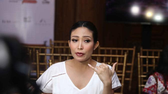 Ayu Dewi (Nurwahyunan/Bintang.com)